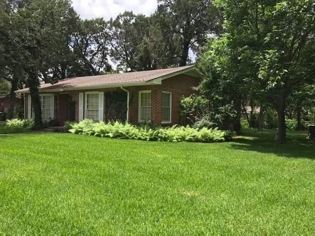 4616 Cedar Mountain Drive, Waco, TX 76708 (#202594) :: Zina & Co. Real Estate