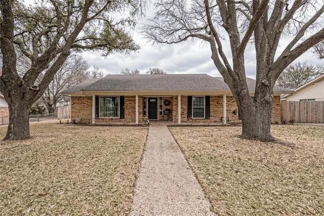 3217 Loma Vista Drive, Waco, TX 76708 (#202744) :: Homes By Lainie Real Estate Group