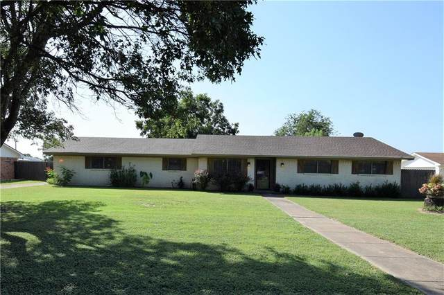 221 Lazy Acres Drive, Woodway, TX 76712 (MLS #203315) :: A.G. Real Estate & Associates