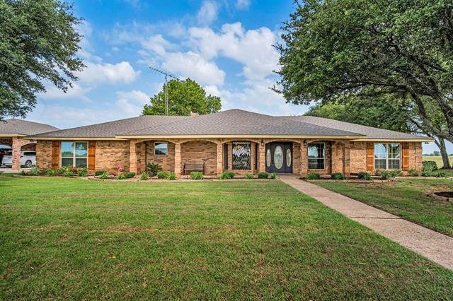 6908 Cedar Rock Parkway, Crawford, TX 76638 (MLS #203467) :: A.G. Real Estate & Associates