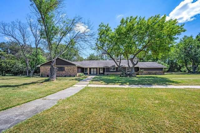 1049 W Moonlight Drive, Robinson, TX 76706 (MLS #203593) :: NextHome Our Town