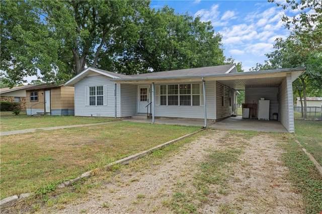 207 W Farish, Rosebud, TX 76570 (MLS #204001) :: A.G. Real Estate & Associates