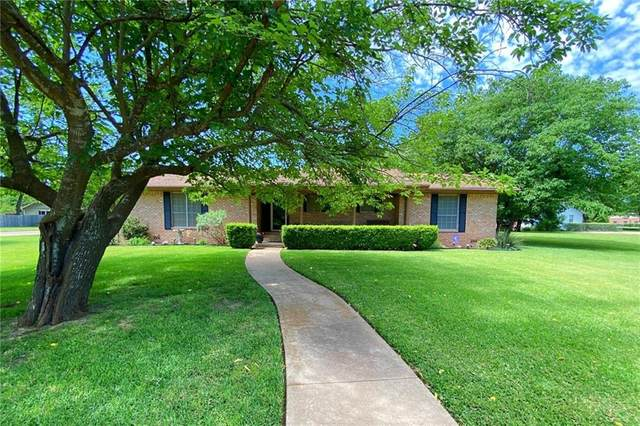 607 S Tyler Street, Mcgregor, TX 76657 (MLS #193345) :: A.G. Real Estate & Associates