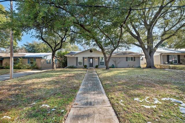 2313 Lake Air Drive, Waco, TX 76710 (MLS #199226) :: A.G. Real Estate & Associates