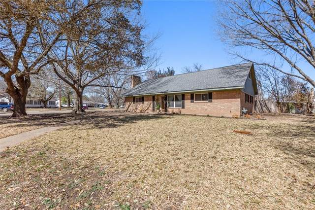 5719 Fairview Drive, Waco, TX 76710 (#199944) :: Homes By Lainie Real Estate Group