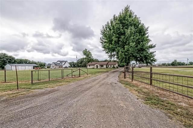 223 Cr 423 Road, Lorena, TX 76655 (MLS #202777) :: NextHome Our Town