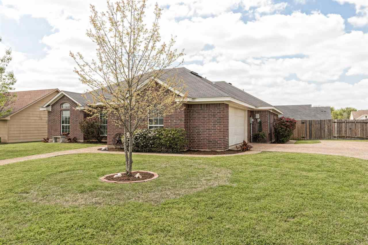 378 rio bonito robinson tx 76706 mls 169090 for Waco home builders