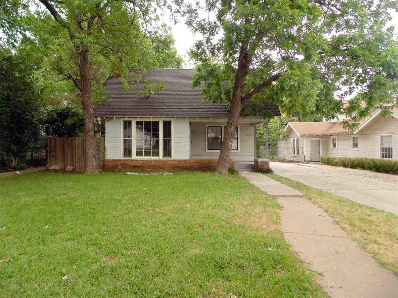 2906 gorman ave waco tx 76707 mls 169895 magnolia for Home builders in waco texas area