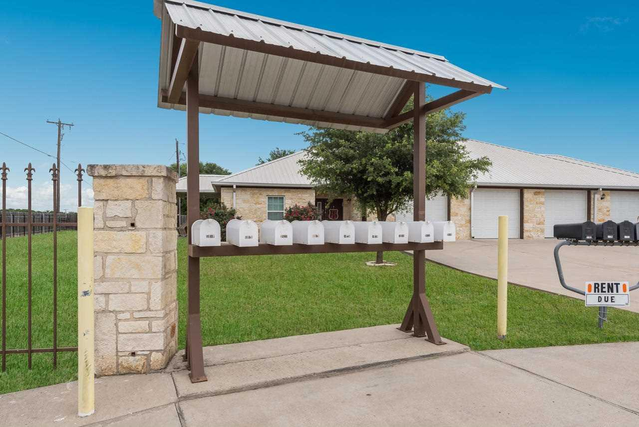 5906 5934 gholson rd waco tx 76705 mls 170046 for Home builders waco tx