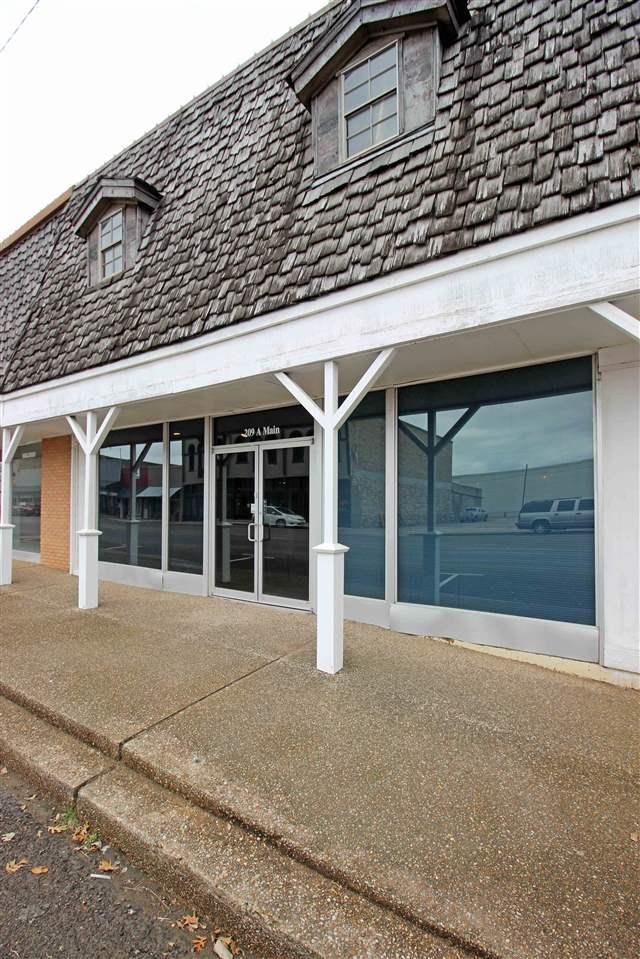 203 S Main St, Mcgregor, TX 76657 (MLS #173742) :: Magnolia Realty