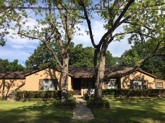 1700 N Harding Ave, Cameron, TX 76520 (MLS #174791) :: Magnolia Realty