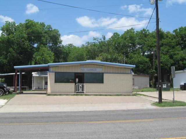504 W Oak Street, West, TX 76691 (MLS #175313) :: Magnolia Realty