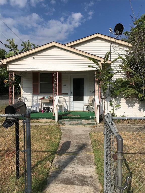 1200 Texas Street, Waco, TX 76704 (MLS #180254) :: Magnolia Realty