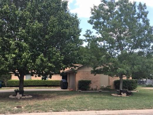 200 Travis Lane, Hewitt, TX 76643 (MLS #182418) :: Magnolia Realty