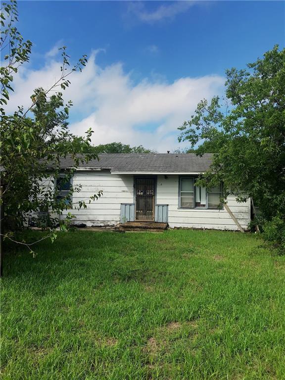 119 Rogers Street, Mcgregor, TX 76657 (MLS #183606) :: A.G. Real Estate & Associates