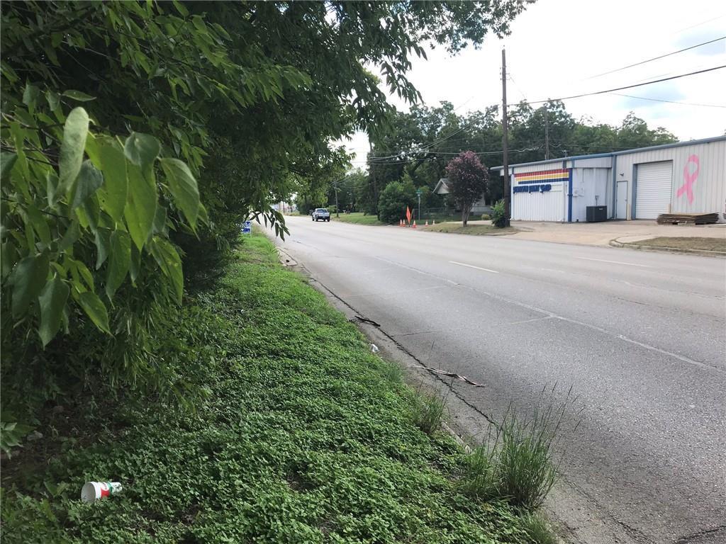 1725 Wood Avenue - Photo 1