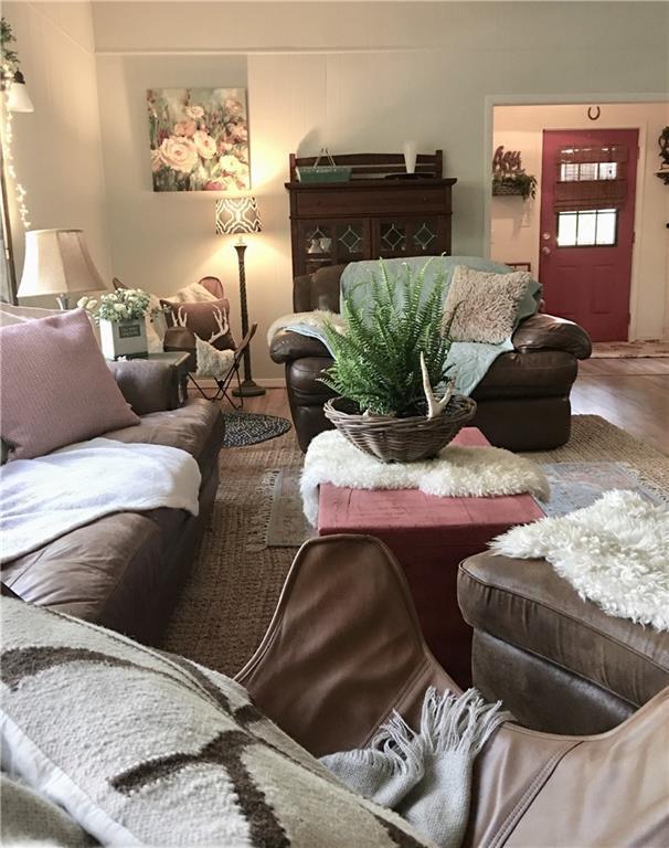 1511 Eagle Canyon Drive, China Spring, TX 76633 (MLS #187578) :: Magnolia Realty