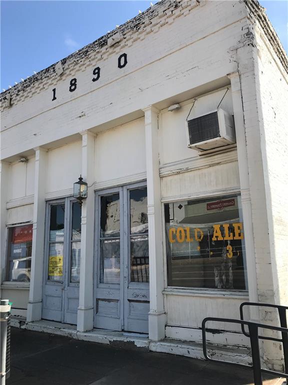 501 Main Street - Photo 1