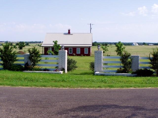2670 Canaan Church Road, Crawford, TX 76638 (MLS #190790) :: A.G. Real Estate & Associates