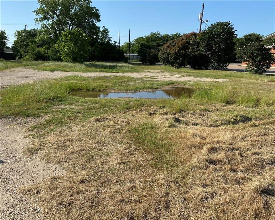 4316 Bellmead Drive - Photo 1