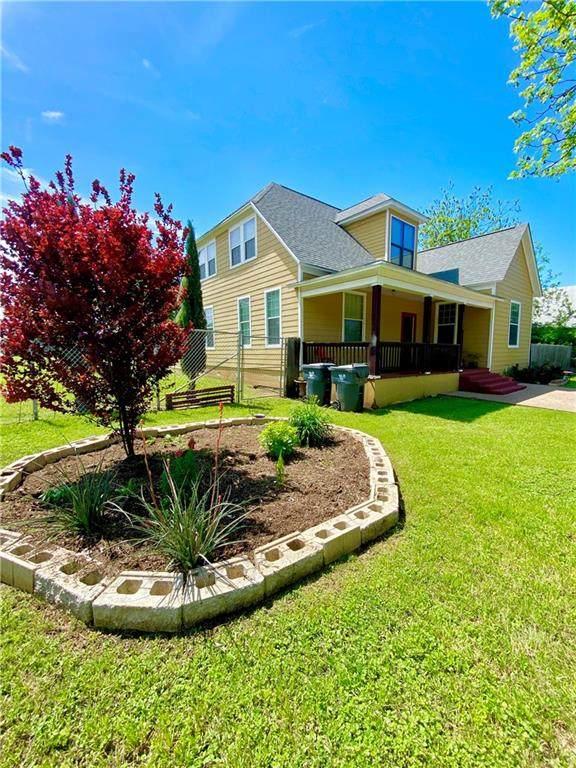 1502 N 11th Street, Waco, TX 76707 (MLS #195667) :: A.G. Real Estate & Associates