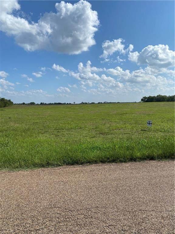 7843 Prairie Chapel Road, Crawford, TX 76638 (MLS #197826) :: A.G. Real Estate & Associates
