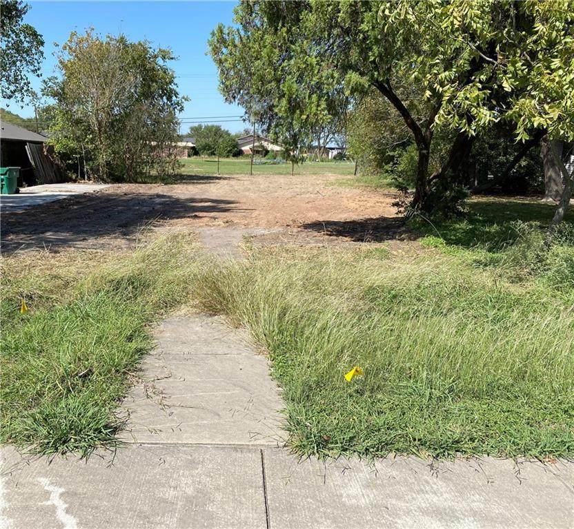 1209 Texas Avenue - Photo 1