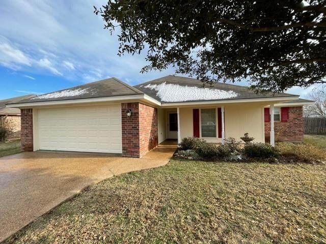 306 Navajo Trail, Mcgregor, TX 76657 (MLS #199245) :: A.G. Real Estate & Associates