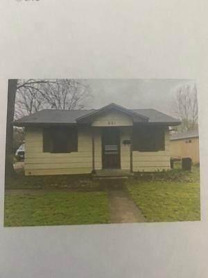401 W Holt Street W, West, TX 76691 (MLS #200456) :: A.G. Real Estate & Associates
