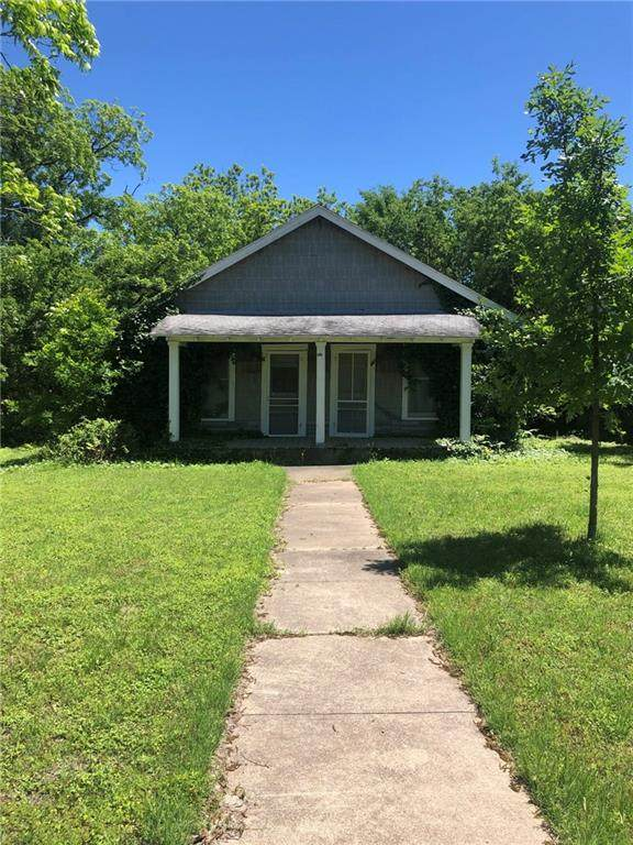 3018 Lasker Avenue, Waco, TX 76707 (#201022) :: Homes By Lainie Real Estate Group