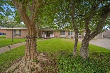 2808 Woodland Drive, Waco, TX 76710 (MLS #201190) :: A.G. Real Estate & Associates