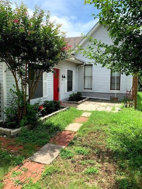 100 N 1st Street, Hewitt, TX 76643 (#201688) :: Homes By Lainie Real Estate Group