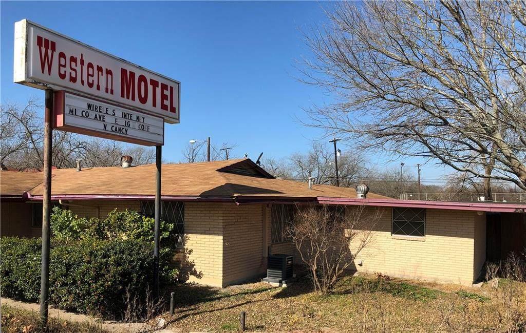 1201 Texas Avenue - Photo 1