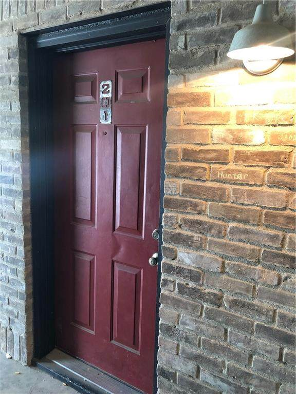 1421 S 12th Street #201, Waco, TX 76706 (#202577) :: Homes By Lainie Real Estate Group