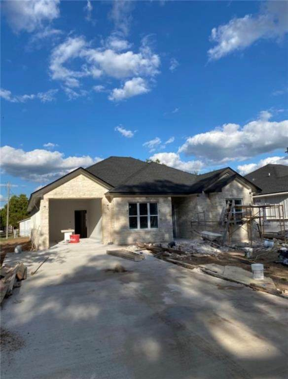 506 Garfield Street, Mcgregor, TX 76657 (MLS #203779) :: NextHome Our Town