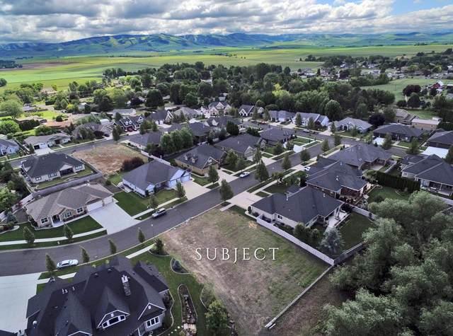 1971 Stillwater Drive, Walla Walla, WA 99362 (MLS #121180) :: Community Real Estate Group