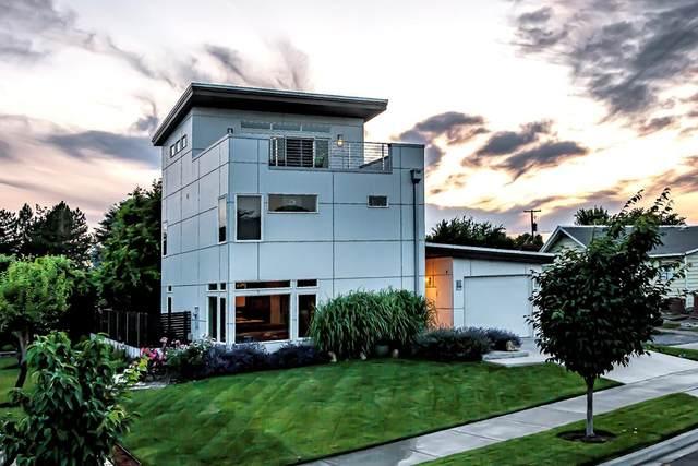 2116 Paramount Street, Walla Walla, WA 99362 (MLS #121238) :: Community Real Estate Group