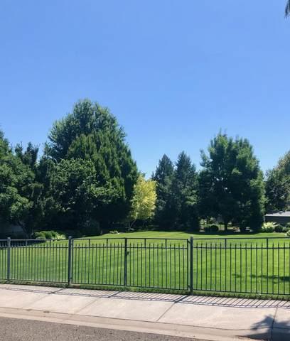 1341 Highland Road, Walla Walla, WA 99362 (MLS #121318) :: Community Real Estate Group