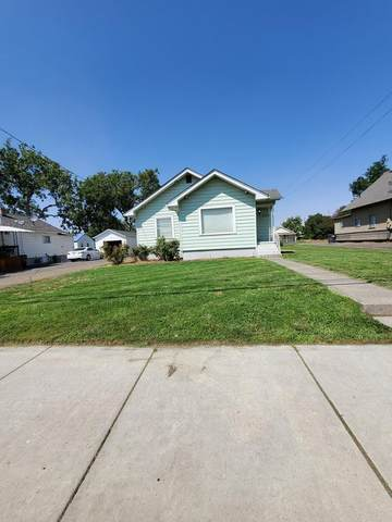 220 W Whitman Drive, College Place, WA 99324 (MLS #121424) :: Community Real Estate Group
