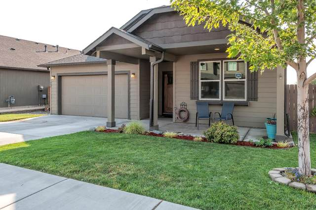 1400 SW Greeley Street, College Place, WA 99324 (MLS #121447) :: Community Real Estate Group