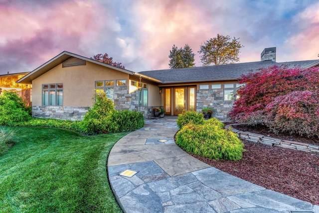 791 Village Way, Walla Walla, WA 99362 (MLS #122718) :: Community Real Estate Group
