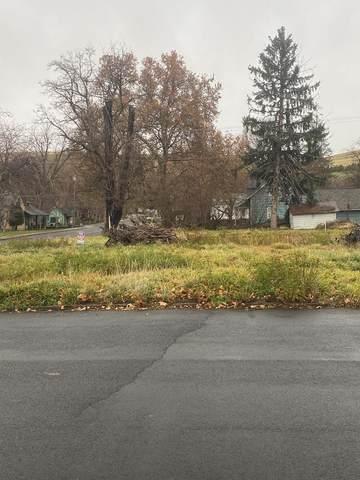 203 E Washington Street, Dayton, WA 99328 (MLS #122747) :: Community Real Estate Group