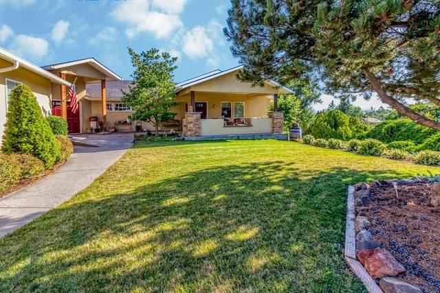 1227 SE Murphy Lane, College Place, WA 99324 (MLS #121417) :: Community Real Estate Group
