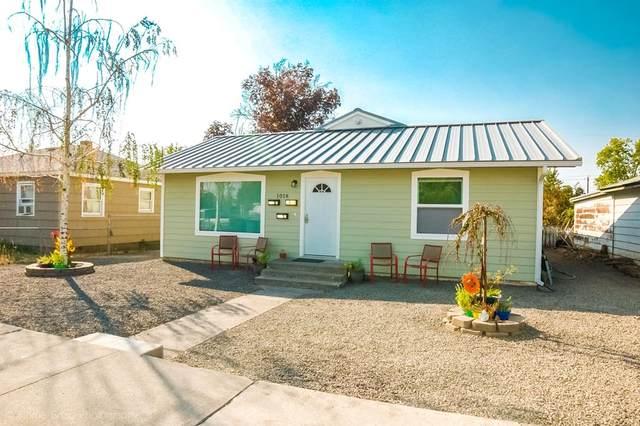 1018 St John Street, Walla Walla, WA 99362 (MLS #121577) :: Community Real Estate Group