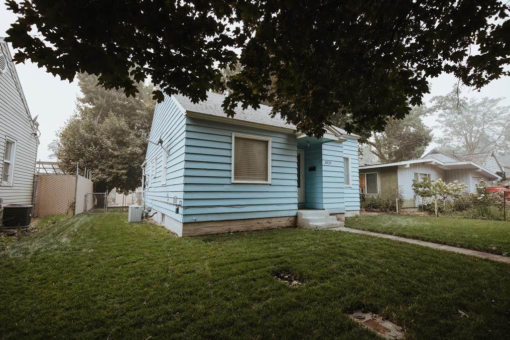 1029 Pomona Street - Photo 1
