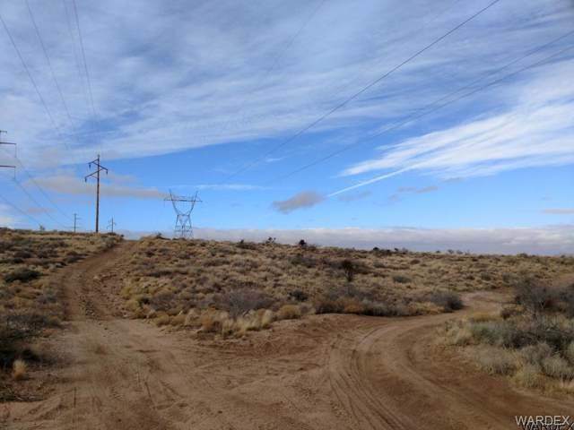 - Cheyenne Avenue, Kingman, AZ 86401 (MLS #878357) :: The Lander Team
