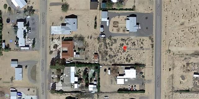 3595 Laguna Road, Golden Valley, AZ 86413 (MLS #950431) :: The Lander Team