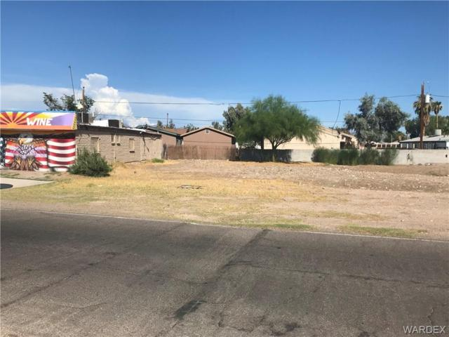 2182 Riviera Boulevard, Bullhead, AZ 86442 (MLS #950686) :: The Lander Team