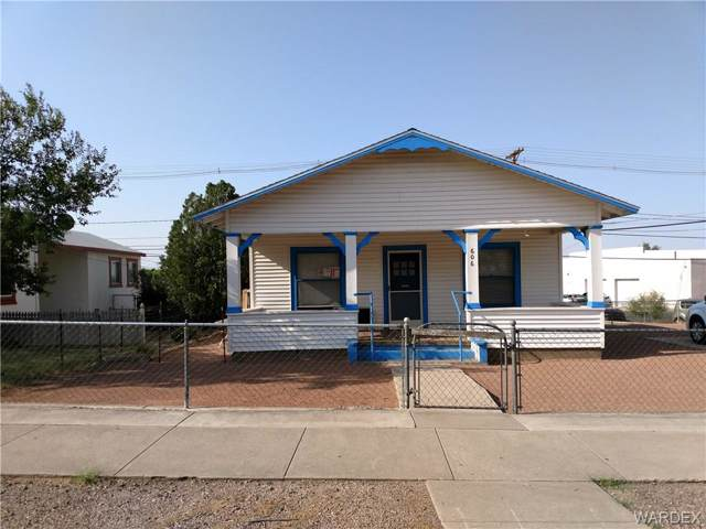 606 Beale Street, Kingman, AZ 86401 (MLS #951388) :: The Lander Team