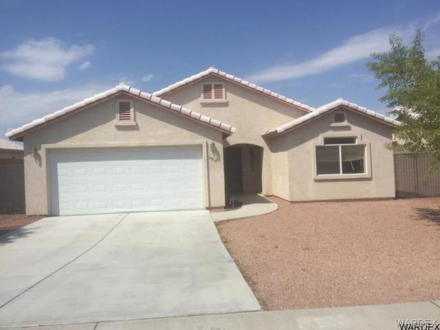 4915 S Via Colinas Drive, Fort Mohave, AZ 86426 (MLS #952186) :: The Lander Team